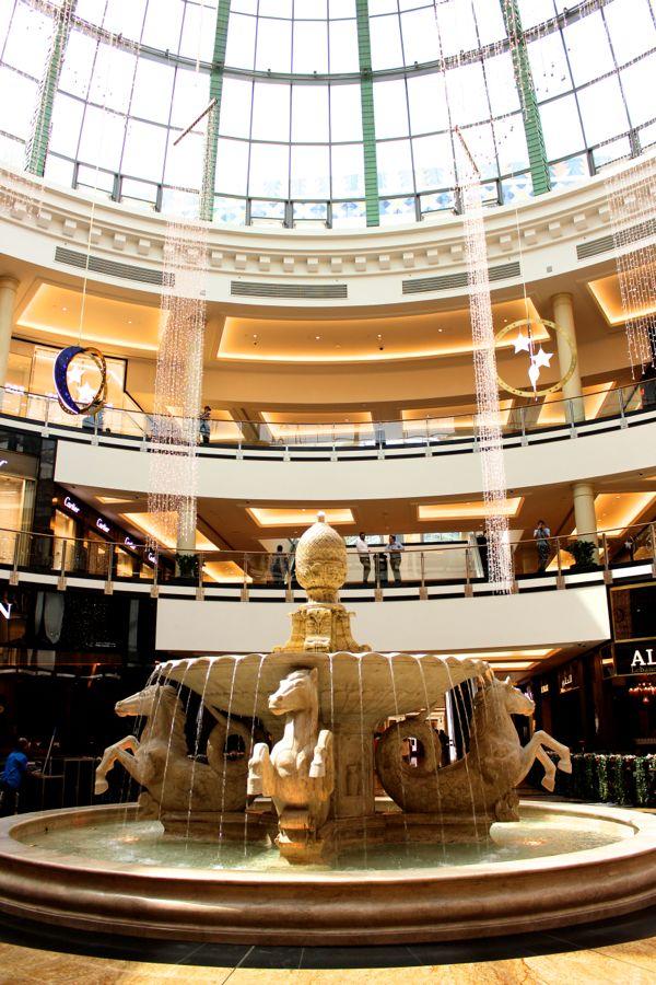 dubai-mall-voyage