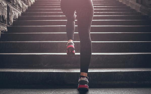 garder-motivation-sport-femme-fille-a-fitness