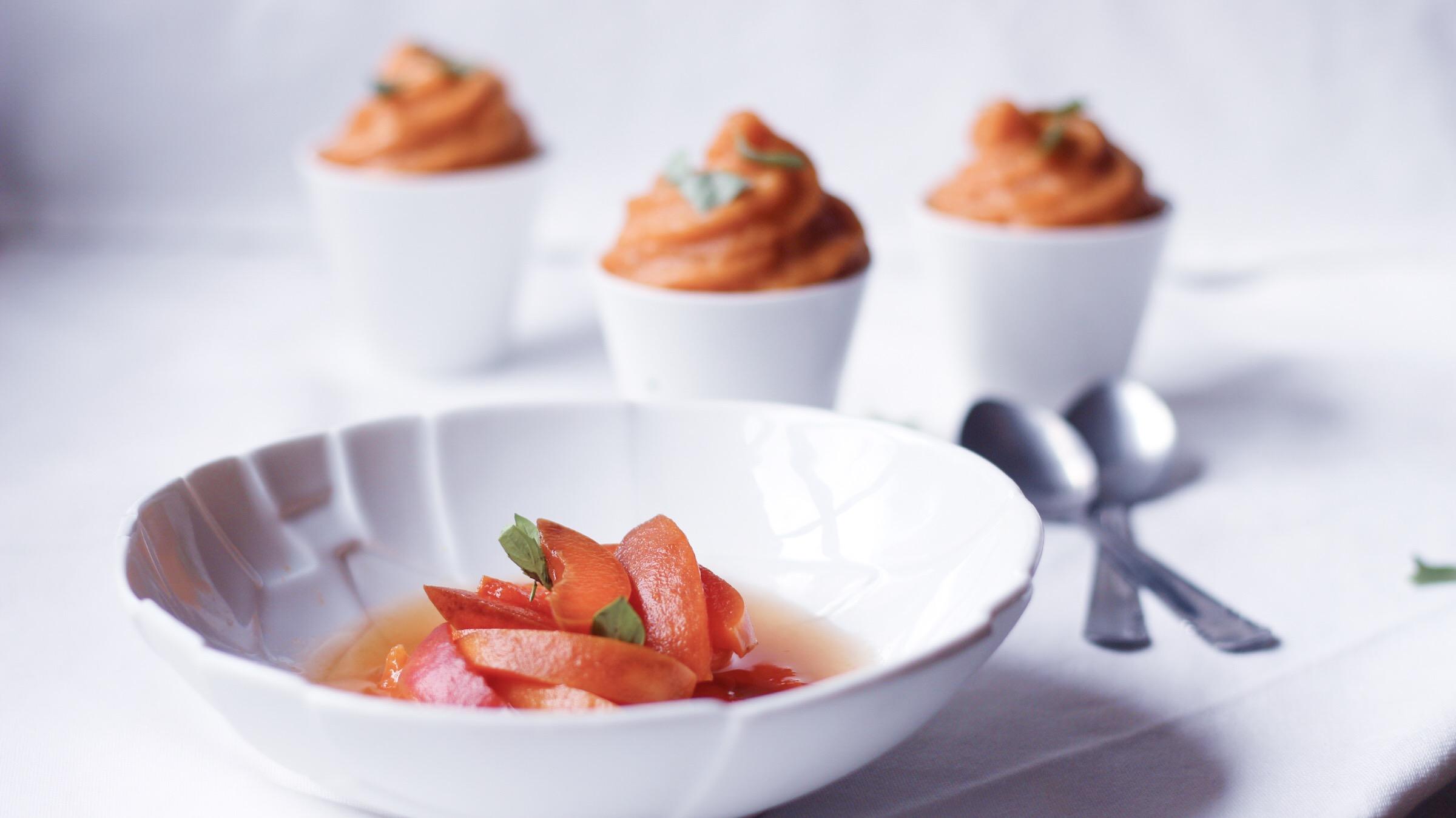 J'achète quelques abricots et aussitôt rentrée hop préparation en cuisine d'une mousse à l'abricot et une soupe à l'abricot.