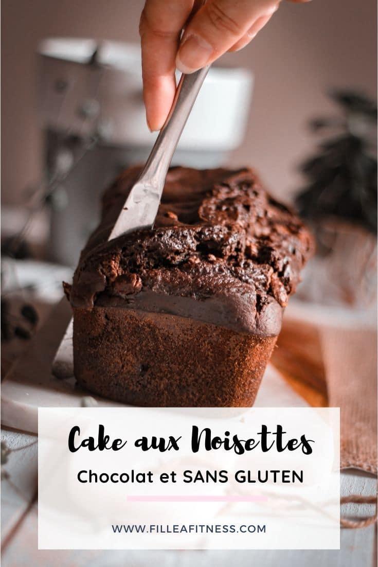 On va préparer un délicieux cake aux noisettes torréfiées, chocolat et sans gluten, il est moelleux et gourmand.