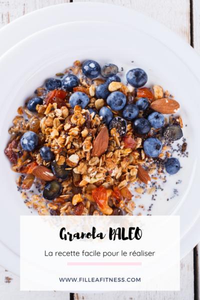 Le granola paleo est le complément parfait de votre petit déjeuner ou pour donner la touche finale à votre plat. Pour le préparer, nous allons faire un simple biscuit et y ajouter le reste.